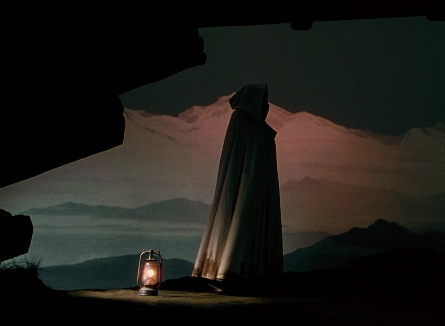 video-film-production-black-narcissus